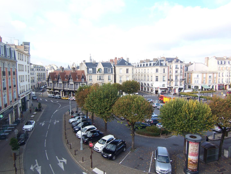 Agence des sacres maisons appartements et terrains for Reims agence