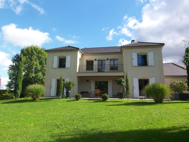 Agence des sacres maisons appartements et terrains vendre for Jardin 2000 reims